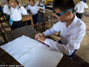 KCDI Blind student at state school using Braille
