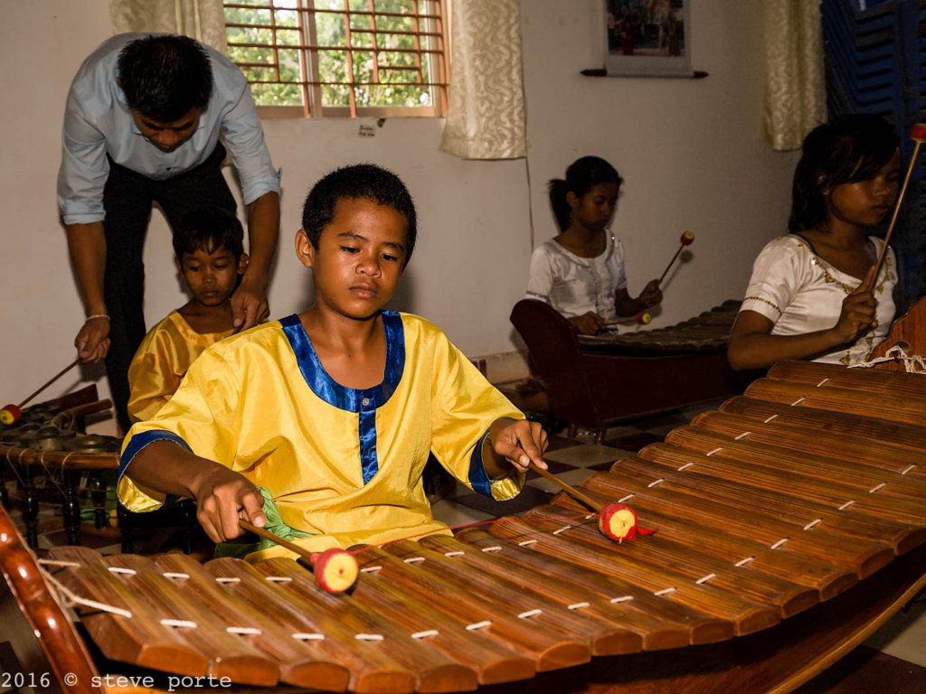 Education/Arts Orphan, Disabled Children Cambodia