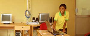 Tharanga Sampath doing a presentation