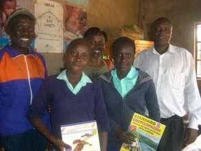 Kianjau primary school girls  in Kiandutu slums