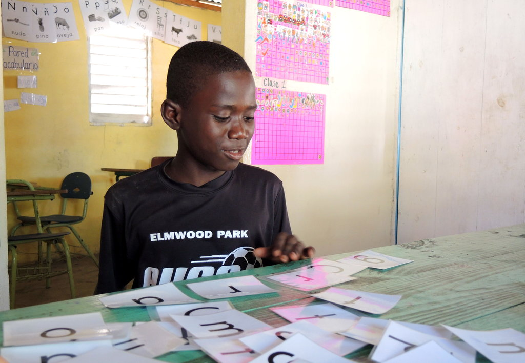 Literacy for Dominican-Haitian Youth in the Batey