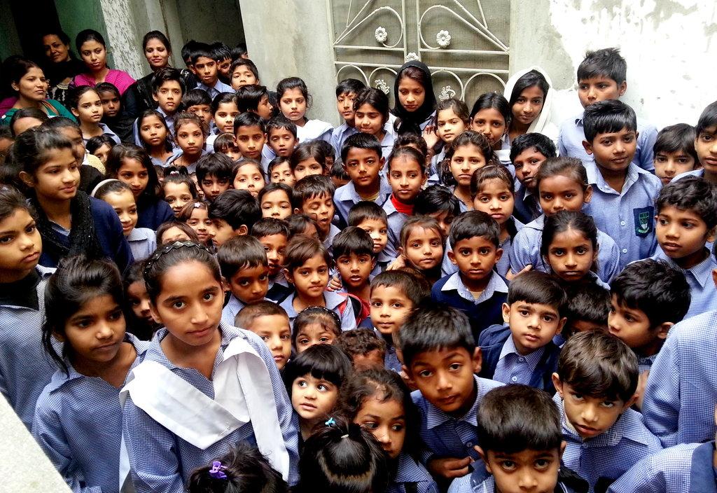 Help 150 kids in getting primary education