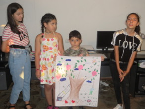 """The beneficiaries represent the work """"Tree"""""""