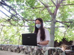 Beneficiaries during online classes-1