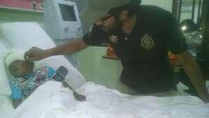 CDRS Youth volunteer Mustafa Ahmed tending Hamid