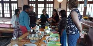 Traditional Myanmar Cooking Classes at Cafe