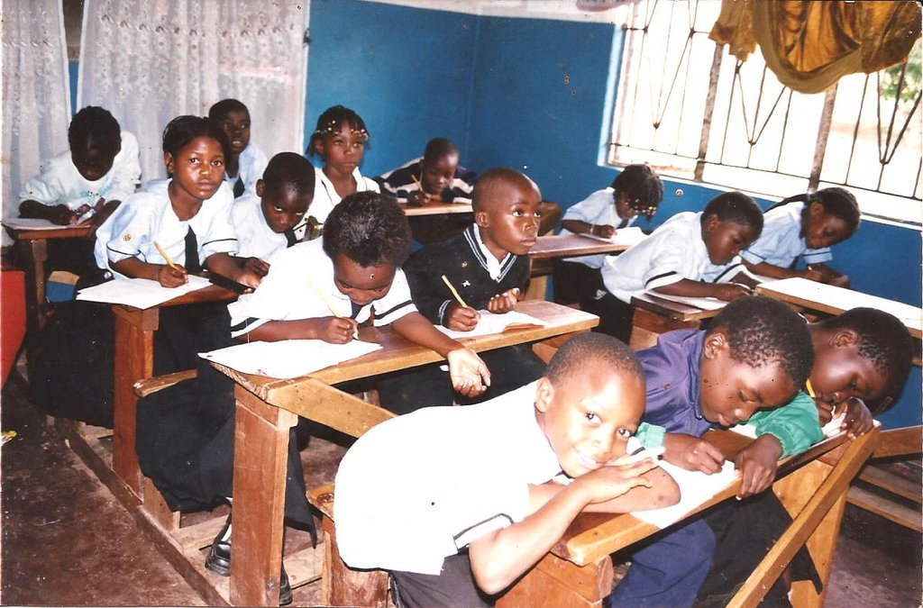 EDUCATION/FOOD PROJECT FOR 7,000 SCHOOL CHILDREN