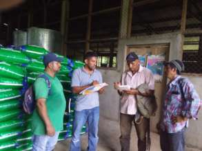 Leaders coordinate production loans with Rodolfo