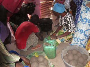 Building cookstoves using free, local materials