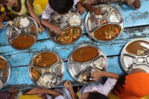 Providing healthy meals