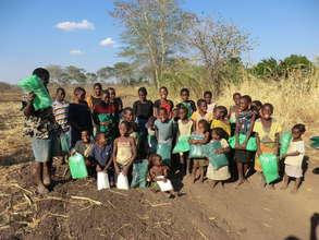 Ndele Children Receive Mosquito Nets