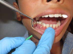 Bolivian boy receives dental treatment