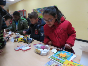 Fundraising flee market in Janusz-Korczak School