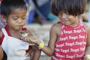 Help Feed and Send to School Poor Kids in the Phil