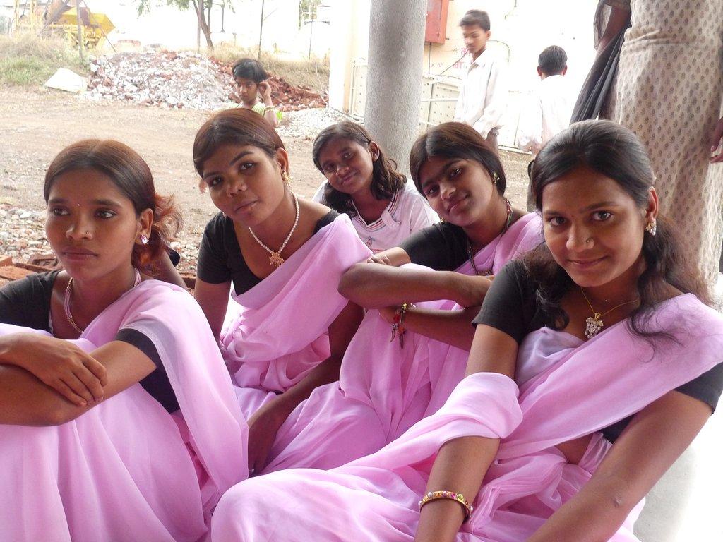 Educate 4000 street children in rural India
