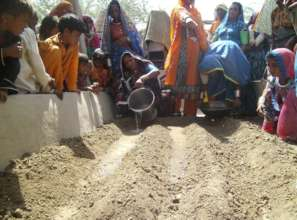 women training on Kitchen Gardening