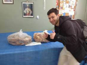Volunteer is Rescuing Leftover Cuisine!
