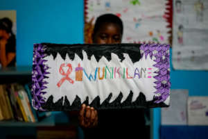 Fyness's project Tiunikilane used art art therapy.