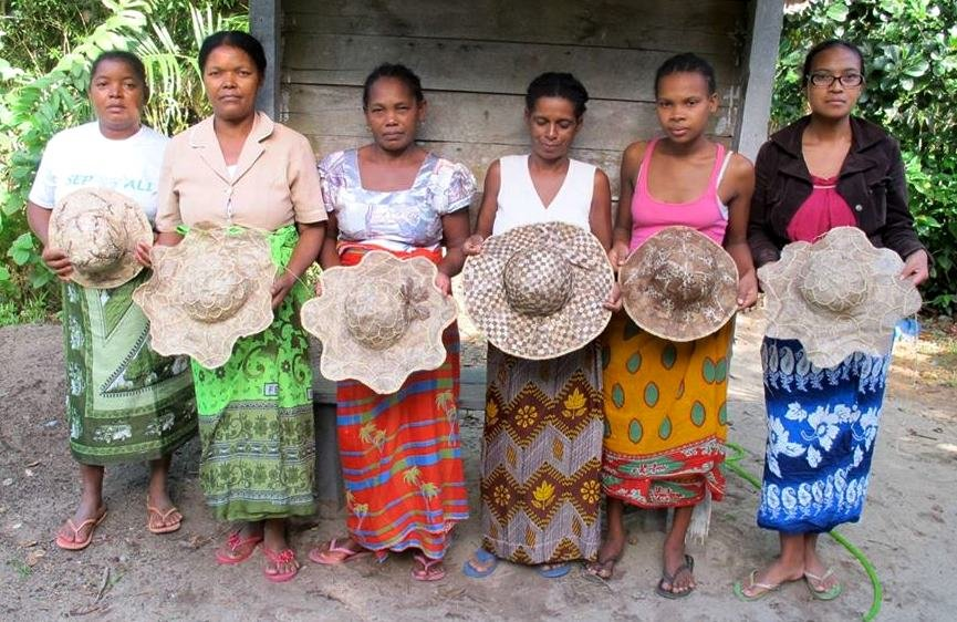 Artisan Training for Women in Madagascar