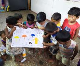 Art and craft activity with Umang beneficiaries.