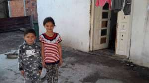 Avdi and his sister Medina