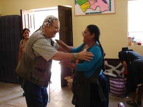 Quechua woman thanks David after a workshop
