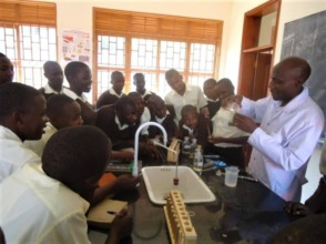 NVSS students in the Biology Lab