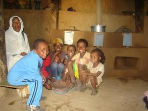 famiglia beneficiaria forni ecologici Eritrea