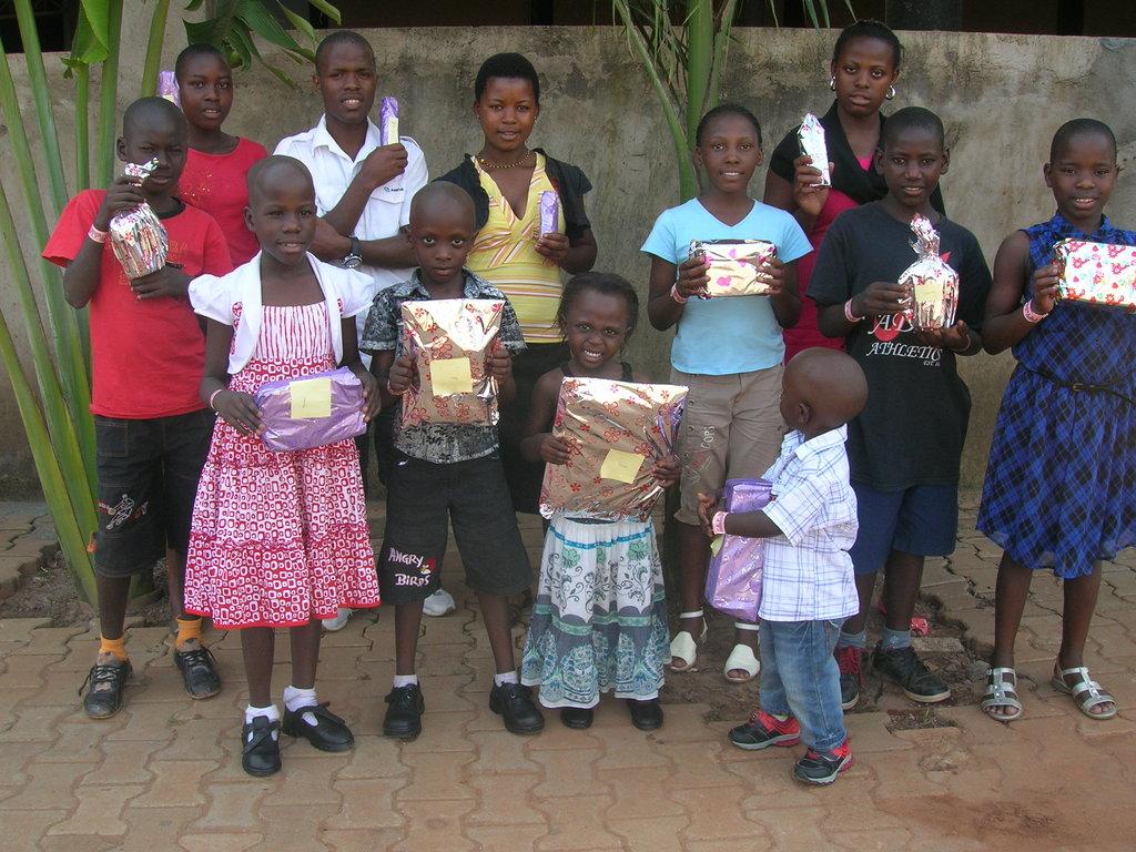 Help 10 kids go back to school in Uganda