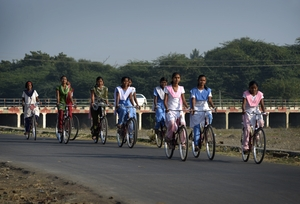 Mann Deshi Girls : Going to School