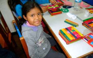 Little girl during a workshop at LCP