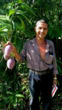 Jose with his mangos