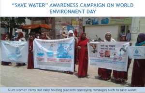 Slum women spread messages to save water in Agra
