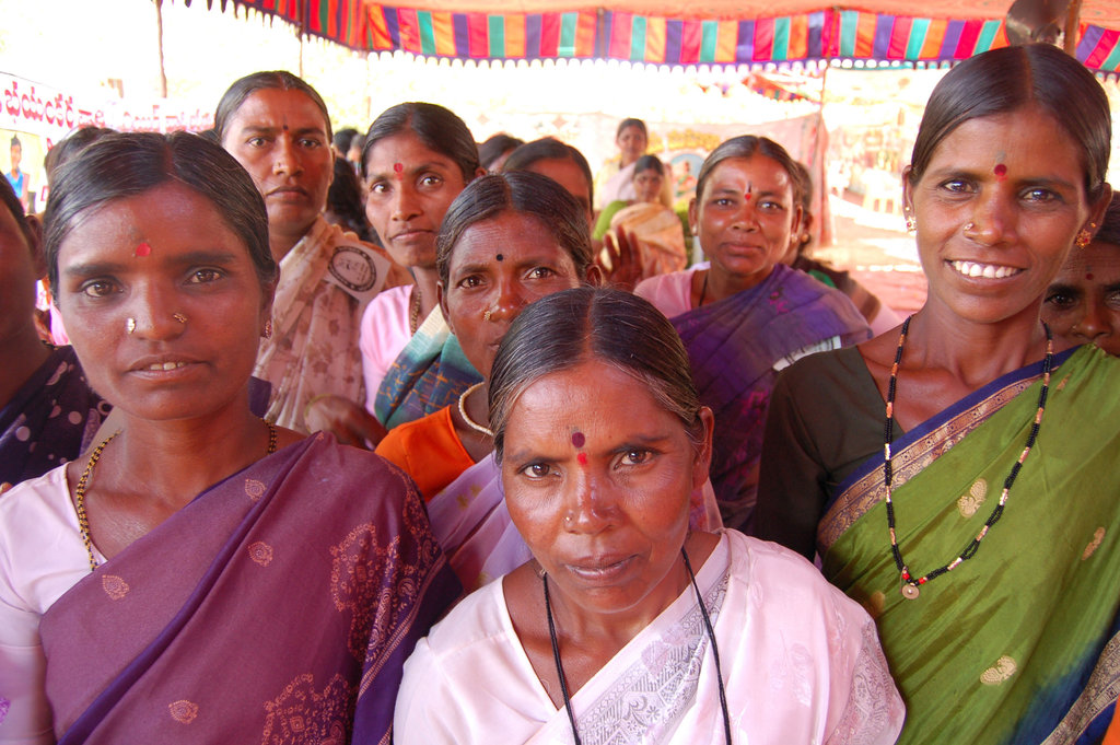 Find Solutions to Extreme Poverty in India