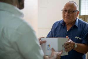 Distributing free medicines