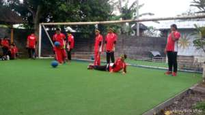 Playing Goalball with West Java