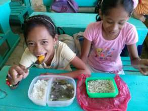 Lunch cooked by Moms in a Duenas Elementary School