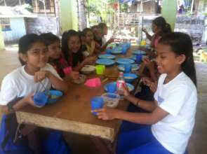Lunch at Bunot ES in Mindanao