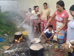 Mom's cooking lunch for students at Pasil Elem