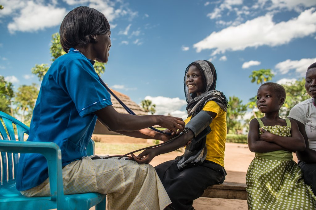 Village outreach services to 2000 people in Uganda