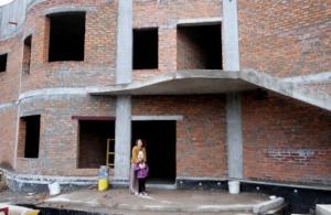 Yeva at the new Dacha