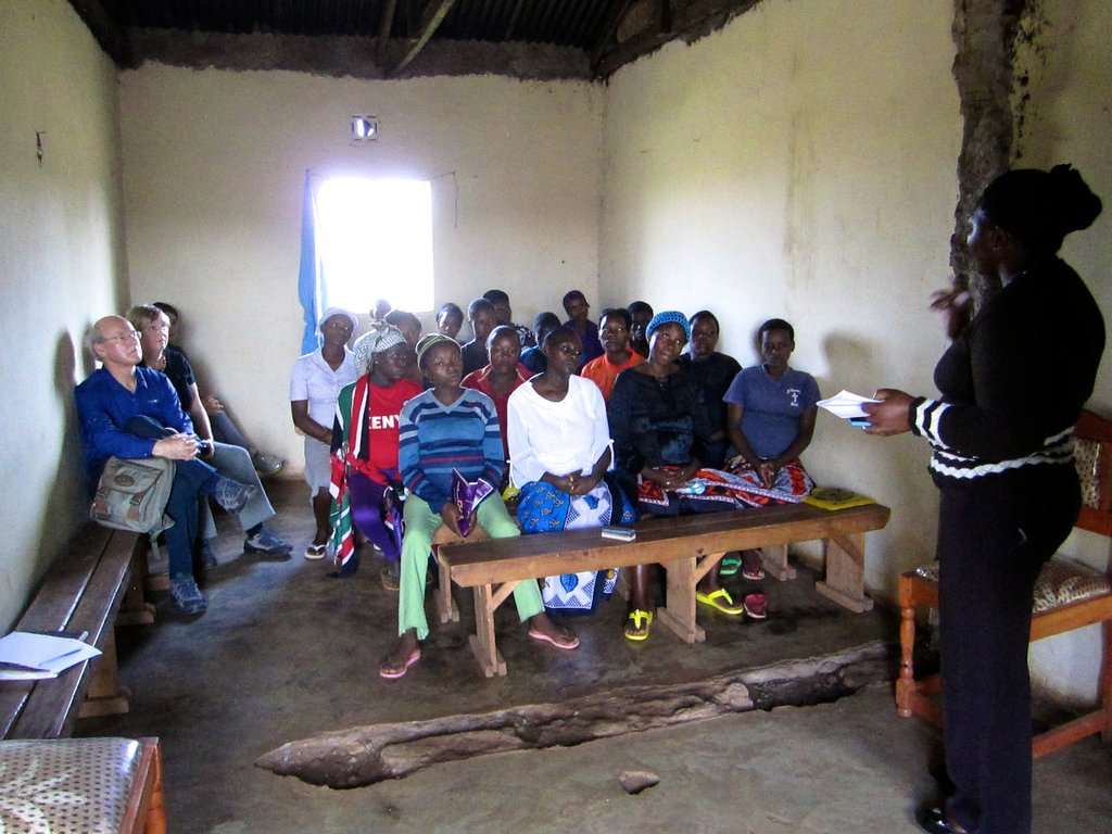 Feed 30 malnourished young children in Kenyan slum