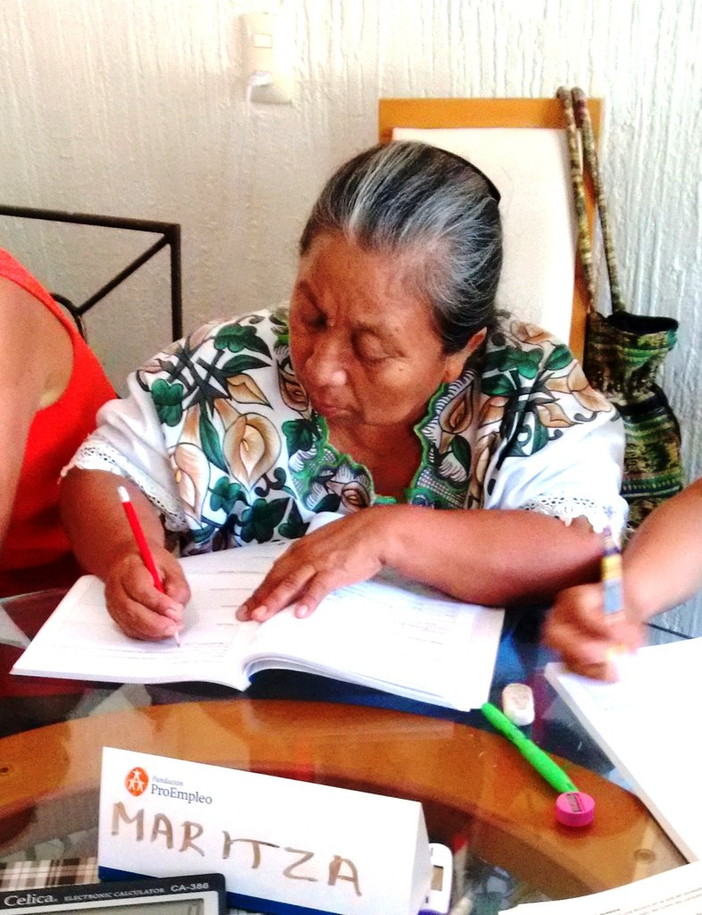 Business empowerment for 20 women of Yucatan
