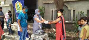 Food distribution by RISE