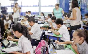 A partner school with Duolingo en Accion