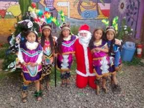 Santa Claus visits Picaflor House!