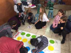 Learning Colours and Body Parts through Play