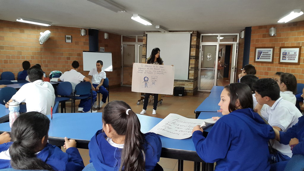 1800 young in Medellin sensitized to HIV: a hope