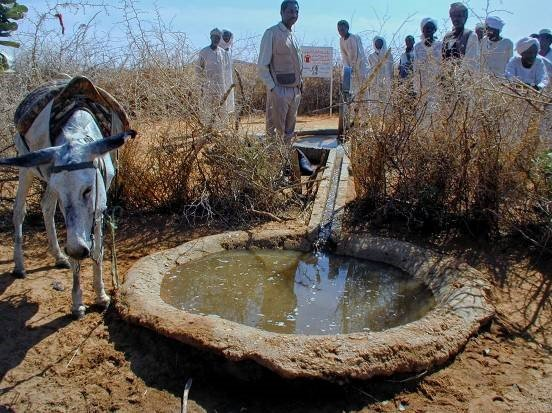 Water - the gift of life - for children in Darfur