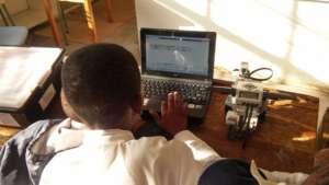 Matshaya programming a robot